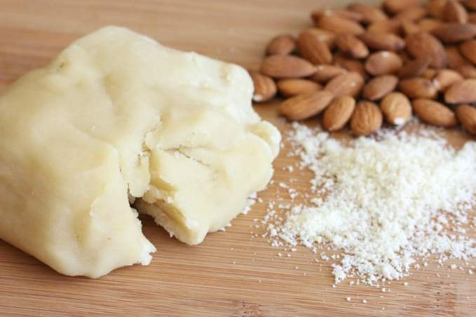 Homemade-Almond-Paste-5-1