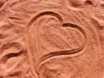 heart-love-sand-236293